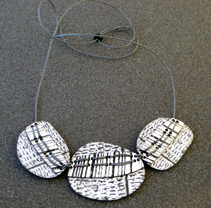 three pebble necklace