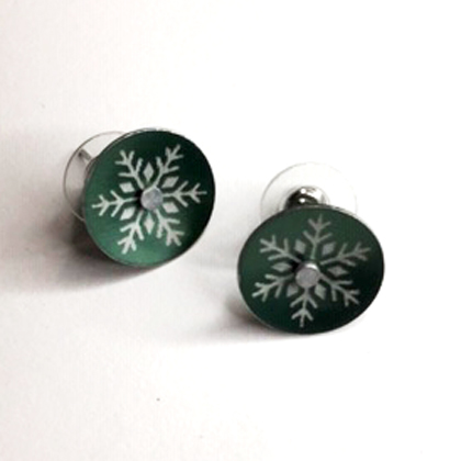 Snowflake earstuds green £12.50 including postage