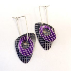 triangle earrings pewter/mauve