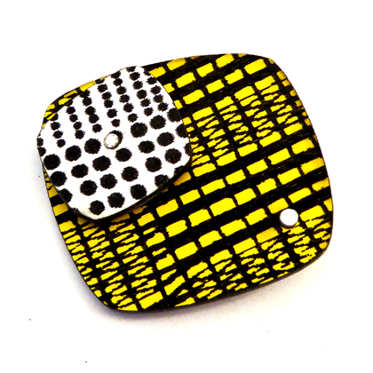 square brooch yellow/silver