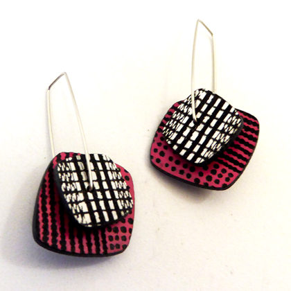 square earrings pink/silver