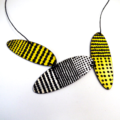 oval necklace yellow/silver
