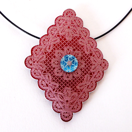 Diamond Necklace red/turquoise £12.50 including postage