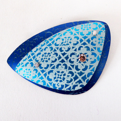 Miniato triangle brooch turq/blue £17.50 including postage