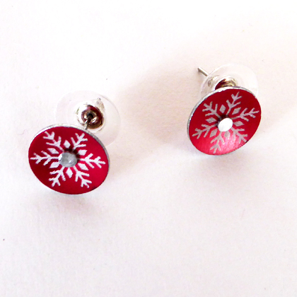 Snowflake earstuds small red £12.50 including postage